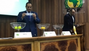 The president of the UCSA draws the draw of the football tournament participants in the African Games in Morocco 2019